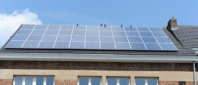redevance réseau pour propriétaires de panneaux solaires - par Sudinfo